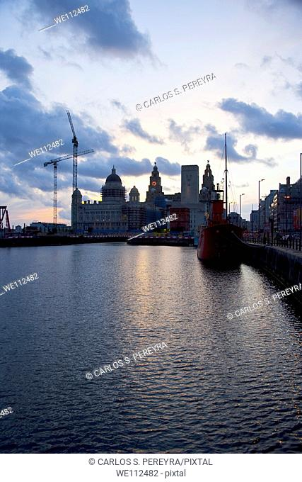 Docks and Liver building, Liverpool, UNESCO World Heritage Site, Merseyside, England, United Kingdom, Europe