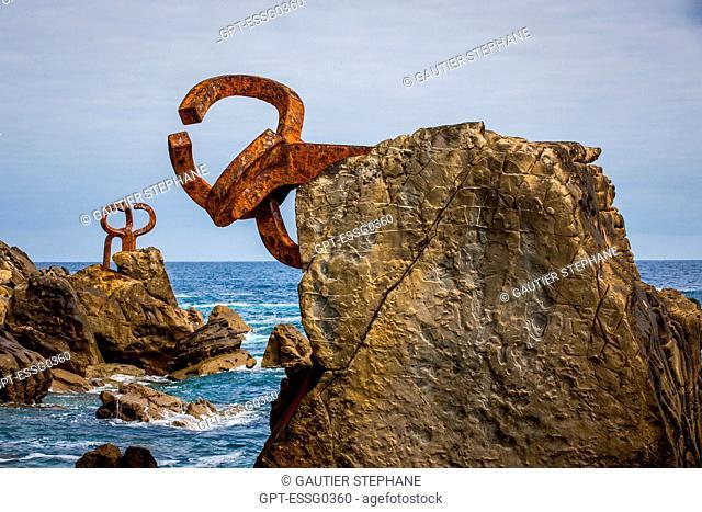 WIND COMB, SCULPTURE BY EDOUARDO CHILLIDA AND THE ARCHITECT LUIS PENA GANCHEGUI, SAN SEBASTIAN, DONOSTIA, BASQUE COUNTRY, SPAIN