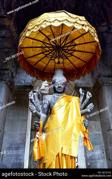 Eight-armed statue of the Hindu God Shiva inside Angkor Wat, Siem Reap, Cambodia