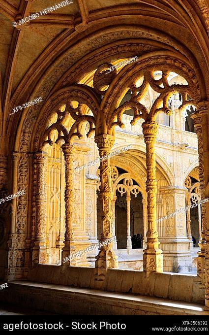 Cloister of Los Jerónimos monastery. Lisbon. Portugal