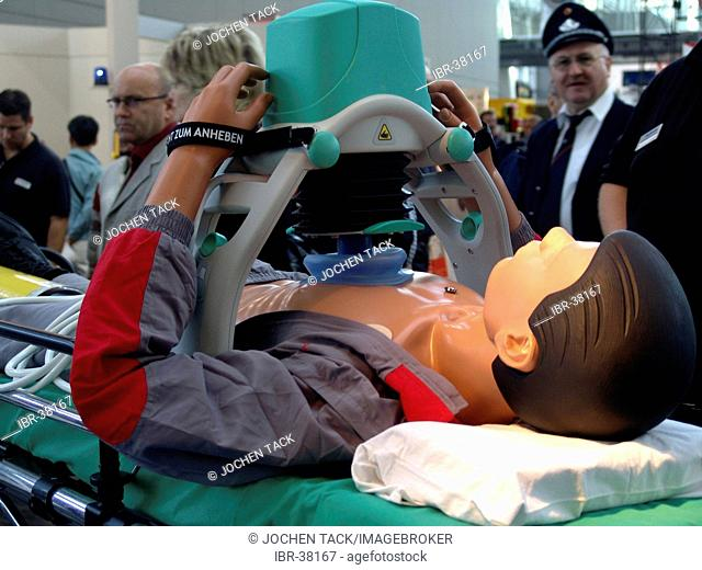 DEU, Federal Republic of Germany, Hannover : Mashine for Thorax compression during a cardiac arrest, for emergency services. Medtronic Company
