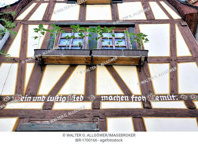 Message on a half-timbered house in Bacharach, UNESCO World Heritage Site, Upper Middle Rhine Valley, Bacharach, Rhineland Palatinate, Germany, Europe