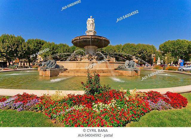 France, Aix-en-France, Provence, Rotonde fountain