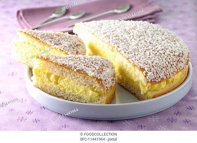 Tropézienne (traditional St. Tropez cake, France)