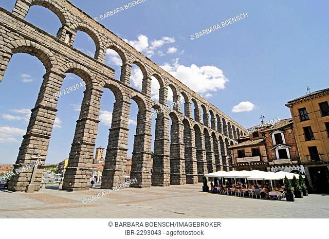 Roman aqueduct, UNESCO World Heritage Site, Segovia, Castile and León, Spain, Europe, PublicGround