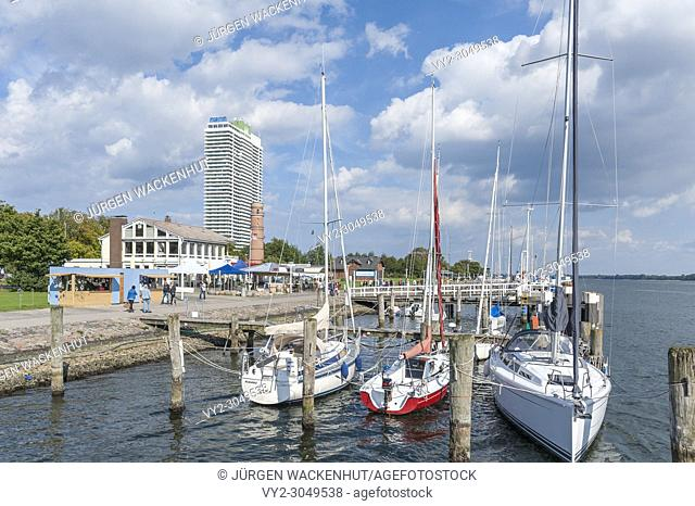 Beach promenade with boat dock and the hotel Maritim, Travemuende, Baltic Sea, Schleswig-Holstein, Germany, Europe