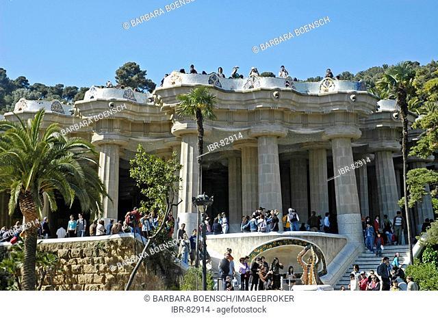Tourists in the park Gueell, Architect Antoni Gaudi, Barcelona, Catalonia, Spain