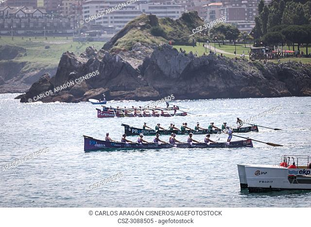 CASTRO URDIALES, SPAIN - JULY 15, 2018: Start competition of boats, regata of trainera, San Pedro, Kaiku, San Juan and Tiran boats in action in the VI Bandera...