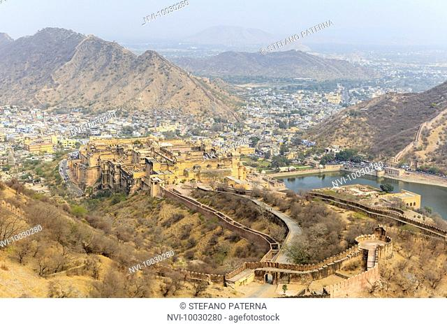 Fortress of Amber, Amber Fort, view from Fort Jaigarh Jaipur, Rajasthan, India