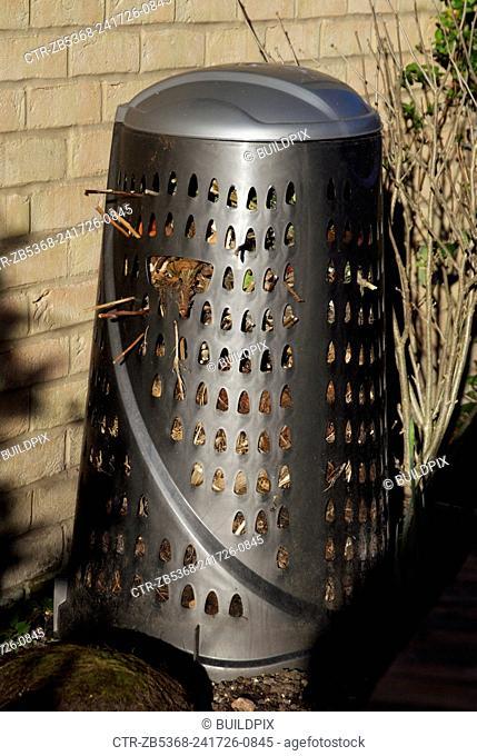 Metal garden compost bin