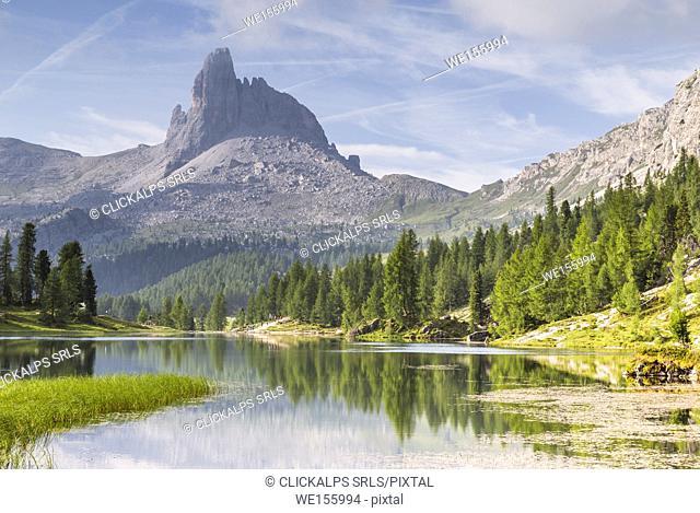 Mount Becco di Mezzodì and lake Federa;Cortina d'Ampezzo, Belluno district, Veneto, Italy