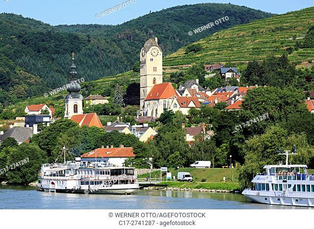 Austria, Lower Austria, A-Krems an der Donau, Danube, Wachau, Waldviertel, A-Krems-Stein, A-Stein an der Donau, city view, catholic parish church Saint Nicholas