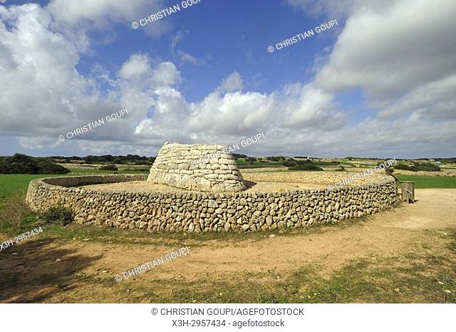 Naveta d'Es Tudon, megalithic chamber tomb (1130-820 BC), Menorca, Balearic Islands, Spain, Europe