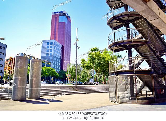 Spain, Catalonia, Barcelona, Allianz building and emergency stairs of Las Arenas Shopping Center near Plaça d'Espanya