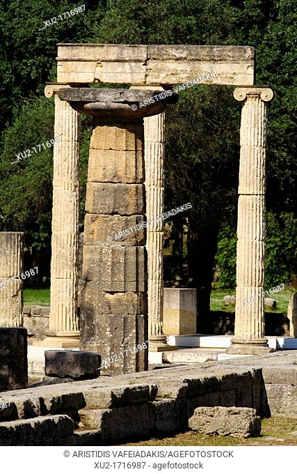 Ancient Olympia  The Temple of Hera and behind the Philippeion  The temple of Hera is one of the oldest temples in Greece ca 600 BC it was Doric peripteral
