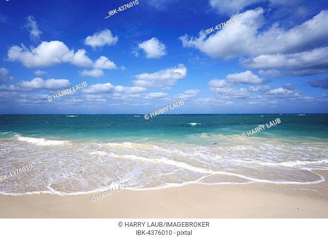 Sky, clouds, beach, turquoise sea, island Cayo Levisa, Pinar del Río Province, Cuba