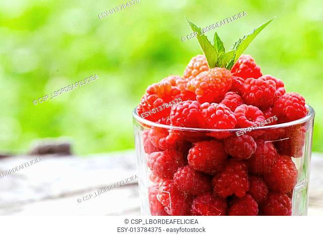 healthy raspberries
