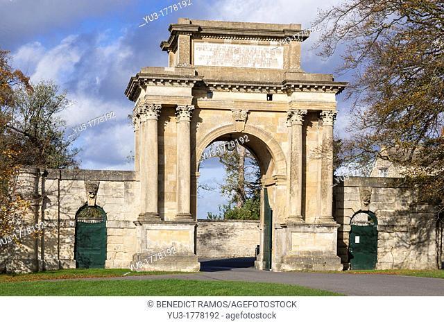 Woodstock Gate, Blenheim Palace, Oxfordshire, England, UK