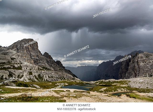Paternkofel Circuit, Lago dei Piani, Crodon di San Candido, National Park Three Peaks, Dolomites, South Tyrol, Italy