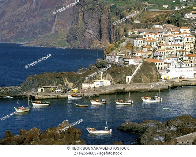 Portugal, Madeira, Camara de Lobos, fishing village,