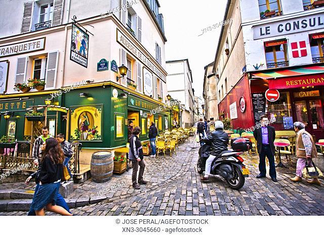 At left La Bonne Franquette restaurant, at right Le Consulat Restaurant, Rue Saint-Rustique, Montmartre, 18th arrondissement, Paris, France, Europe