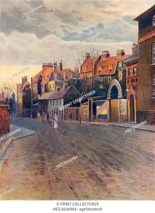 'Petersham Road, Richmond', c1904, (1914). Artist: James S Ogilvy