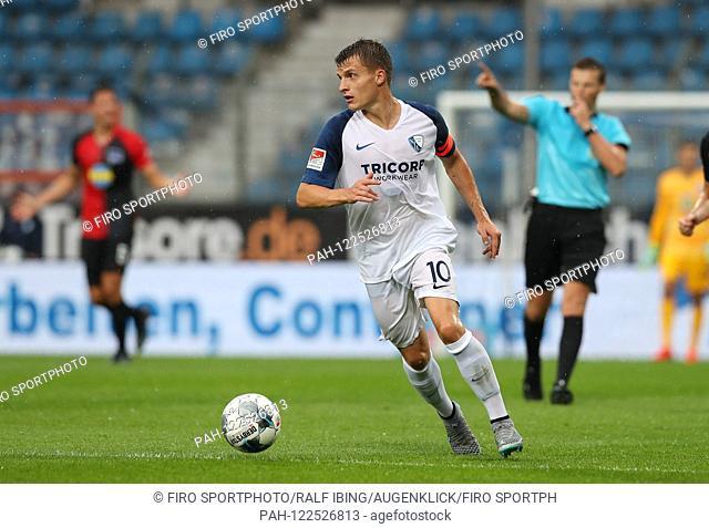 firo: 20.07.2019, football, 2.Bundesliga, season 2019/2020, test match, VfL Bochum - Hertha BSC Berlin 1: 1 Thomas EISFELD, Bochum