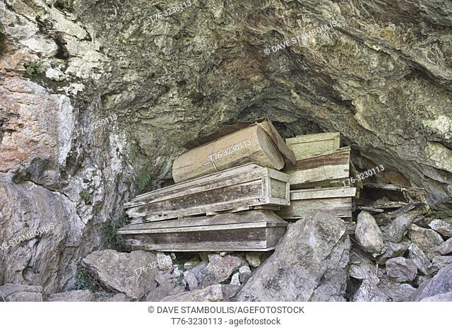Igorot cave coffins in Echo Valley, Sagada, Mountain Province, Philippines