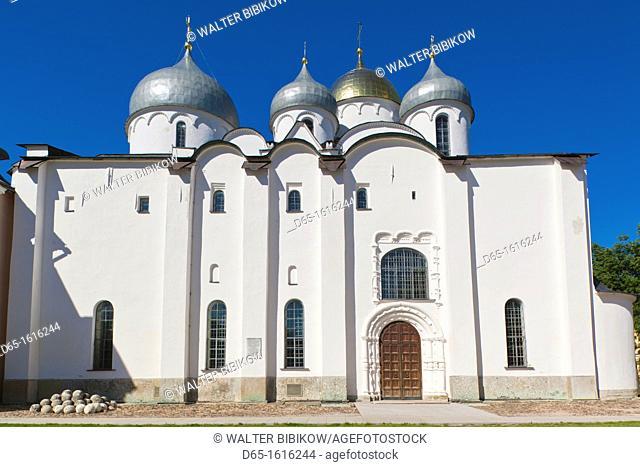 Russia, Novgorod Oblast, Veliky Novgorod, Novgorod Kremlin, Saint Sofia Cathedral