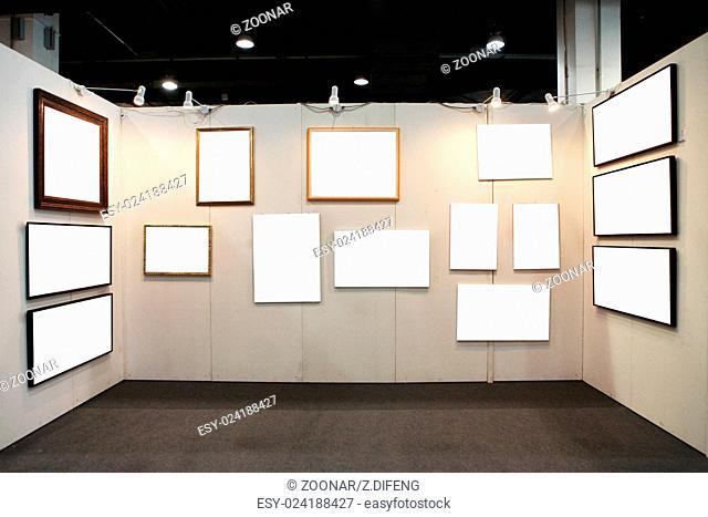 empty frames