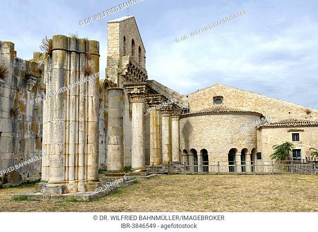 Chiesa Nuova, the never completed church, Abbazia della Santissima Trinita, Abbey of the Holy Trinity, Venosa, Basilicata, Italy