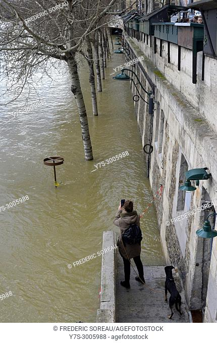 Flood water rising in Paris,River Seine in flood,26 th january 2018,France
