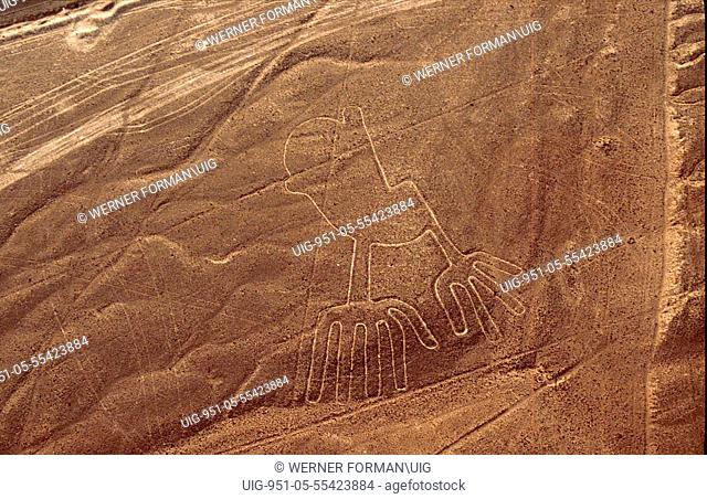Used for rituals probably related to astronomy, the Nazca geoglyphs covering an area of around 400 square miles, are visible only from the air
