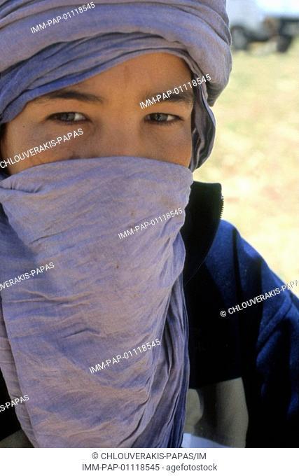 Young arab, Erg Chebbi , Merzouga, Morocco, Africa