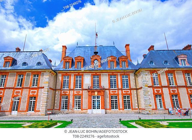 france,78, yvelines : breteuil castle