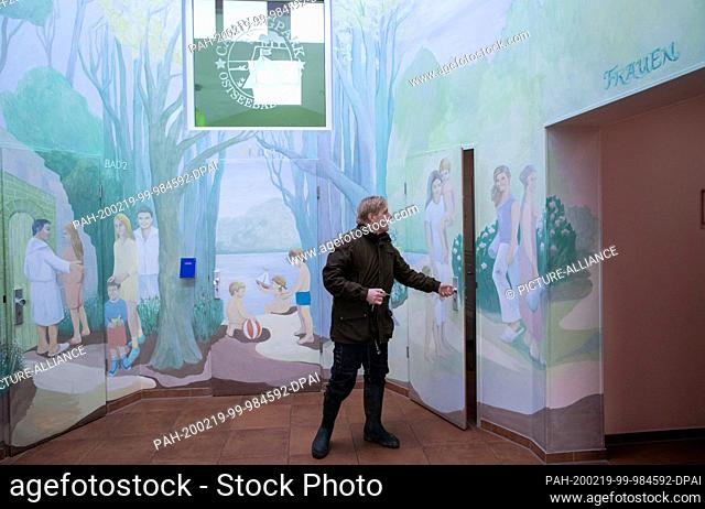 31 January 2020, Mecklenburg-Western Pomerania, Rerik: The family bathroom on the campsite. Alone 26 of the 87 campsites on the Baltic Sea and lakes organised...