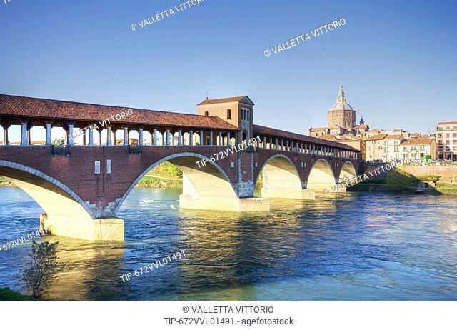 Italy, Lombardy, Pavia, the Covered Bridge