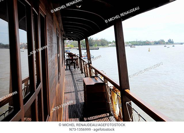 Vietnam, Can Tho province, Mekong Delta, Bassac, sampan Cruise managed by a French
