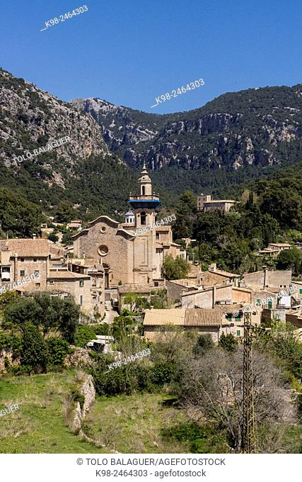 iglesia de Santa María de Valldemossa, actual iglesia de Sant Bartomeu, siglo XIII, Valldemossa, . Majorca, Balearic Islands, Spain