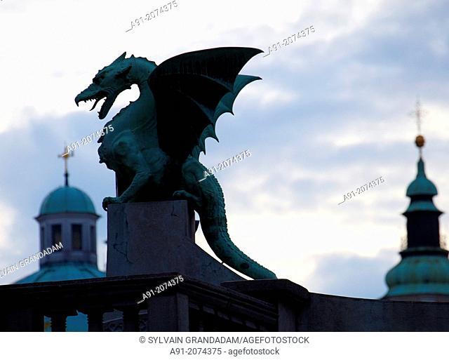 Slovenia, city of Ljubljana, dragons bridge at night