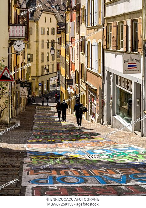 Street painting in the old town of Neuchâtel
