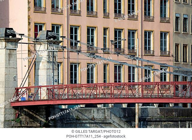 France, Lyon, 1st arrondissement, Quays of the Saône River, Quai de Pierre Scize, Passerelle Saint-Vincent, Photo Gilles Targat