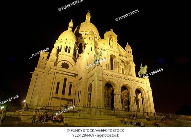 Basilica of the Sacred Heart of Jesus of Paris at sunset Montmartre, - Sacré-Cœur Basilica