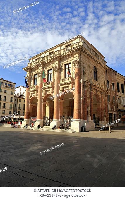 Palladio's Loggia del Capitaniato in Piazza dei Signori, Vicenza, Italy, Veneto