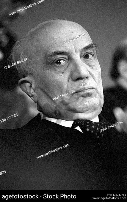 Amintore FANFANI, Italy, politician and economist, Amintore Fanfani (born February 6, 1908 in Pieve Santo Stefano, Arezzo Province; 'AU November 20