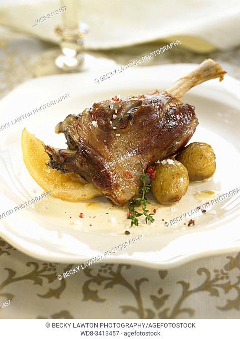 Espalda de cordero al horno / Baked lamb back