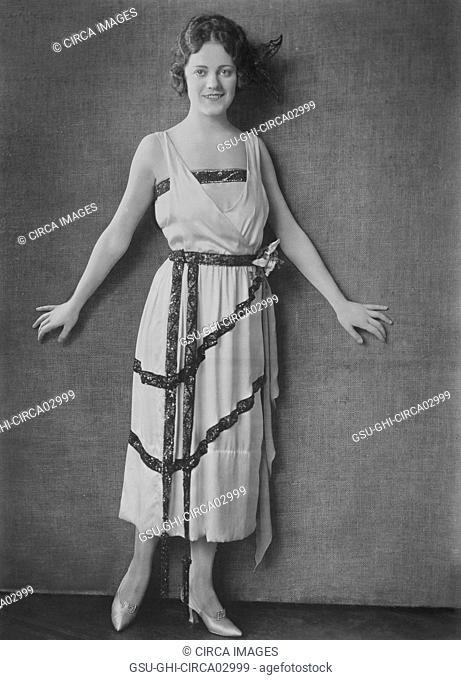 Silent Movie Actress, Mabel Julienne Scott, Fashion Portrait, Bain News Service, 1920