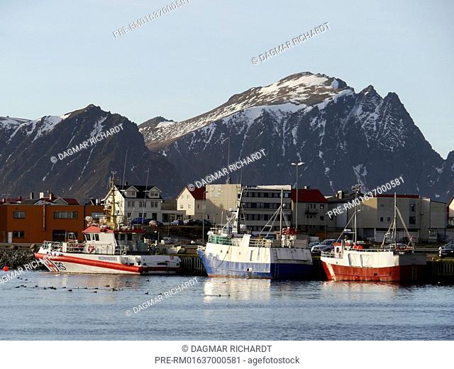 Port of Andenes, Andøya, Vesterålen, Nordland, Norway / Hafen von Andenes, Andøya, Vesterålen, Nordland, Norwegen