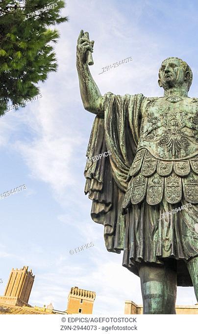 bronze statue of gaius julius caesar, trajan's forum, rome, lazio, italy