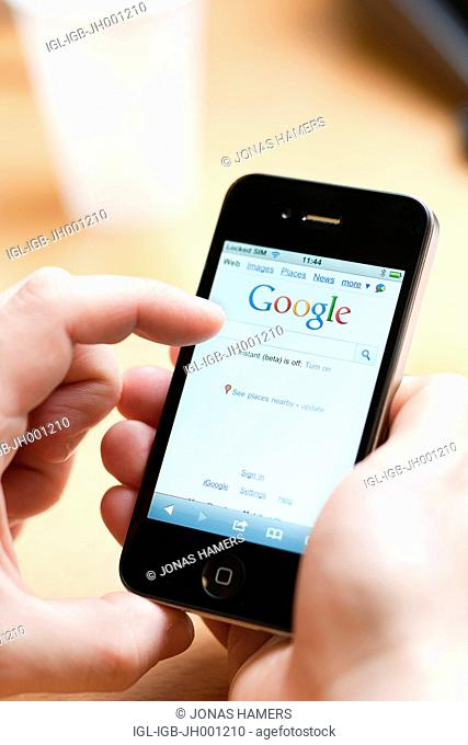 Smartphone screen with an active Google interface